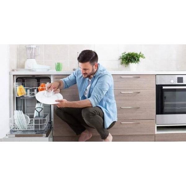 Khắc phục mùi hôi trong máy rửa chén khi sử dụng