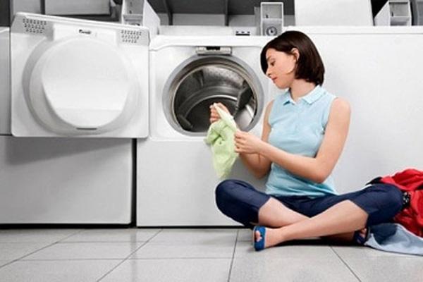 Vệ sinh lồng máy giặt bảo vệ sức khỏe gia đình bạn